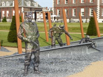 RHS Chelsea D Day sculpture